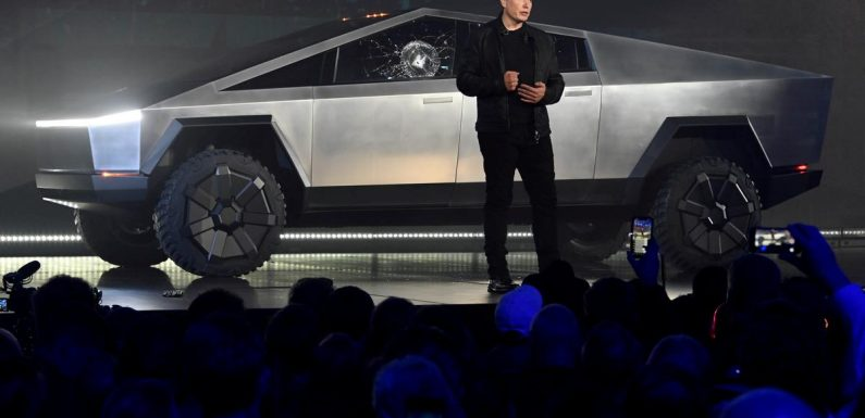 Tesla scouting central U.S. for new factory, Musk says