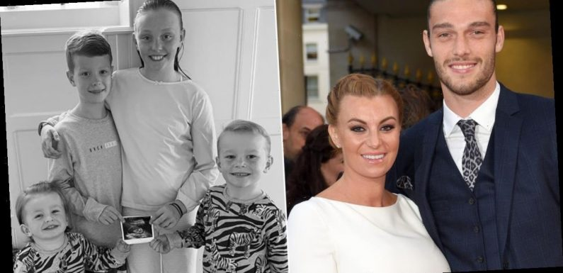 Billi Mucklow pregnant: Former The Only Way Is Essex star announces she is expecting third child