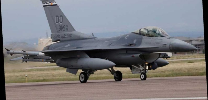 Air Force pilot killed in F-16 training mission crash in South Carolina