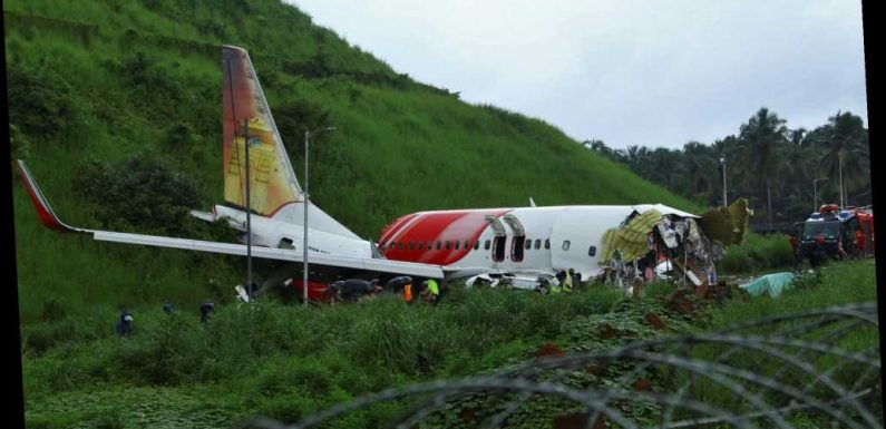 At least 18 dead in southern India plane crash