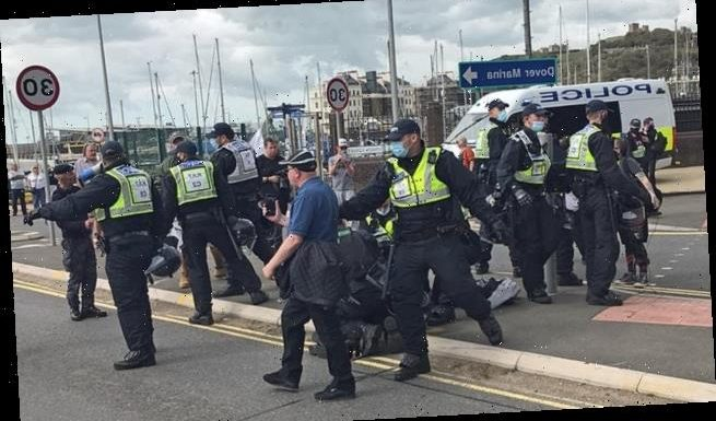Police clash with anti-immigration protesters blocking A20 in Dover