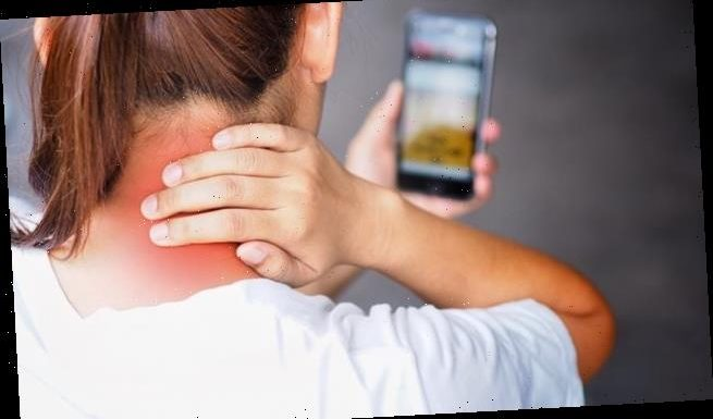 Three in ten women suffer 'tech neck' by looking at their phones