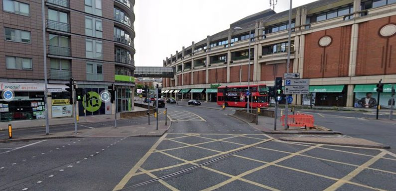 Bomb scare sees busy shopping centre evacuated as police swarm high street