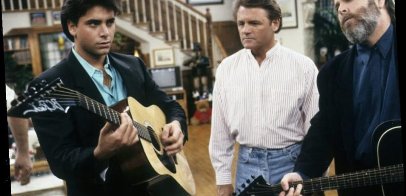 How Many Times Did Uncle Jesse Sing 'Forever' by the Beach Boys on 'Full House?'