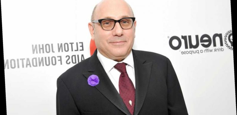 Willie Garson quietly checks podcast for misspelling last name