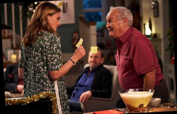 Bobby Ball makes emotional final TV performance in   Not Going Out Christmas special