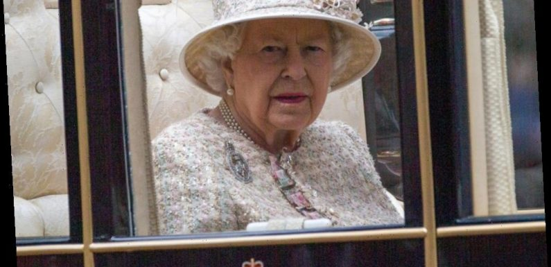 Did the Queen's housekeeper quit over staffers' refusal to isolate over Christmas?