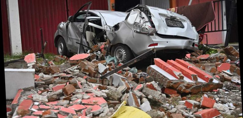 Indonesia earthquake: 81 people killed and 740 hurt after 6.2 magnitude quake hits as rain hampers search for survivors