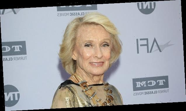 Cloris Leachman's Cause Of Death Revealed After 'Mary Tyler Moore Show' Star Dies At 94