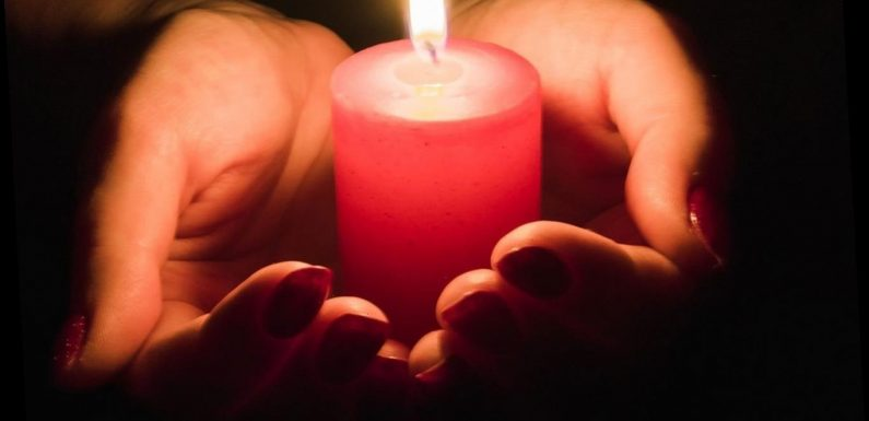What time should I light a candle for National Day of Reflection 2021?