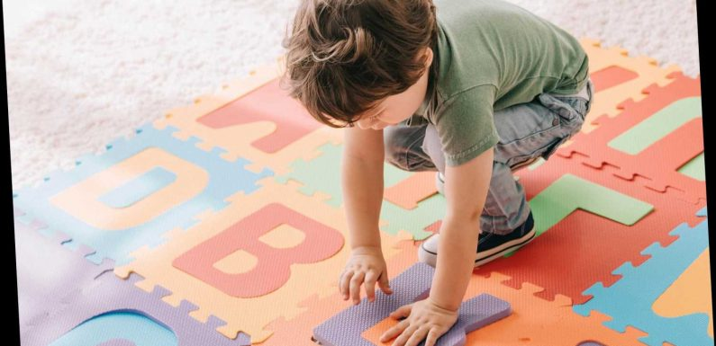 Is YOUR toddler gifted? Look for these signs including being curious, sleeping less than others their age & high energy