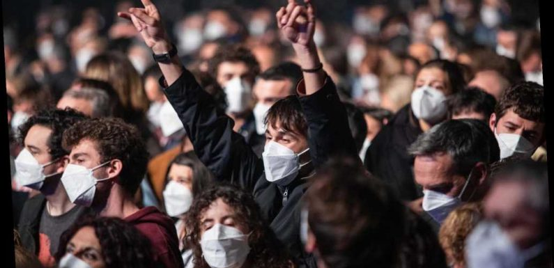 5,000 attend concert in Barcelona after taking COVID-19 tests
