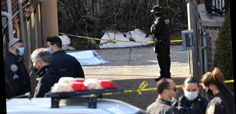 Dead man's burned body found outside Brooklyn home, NYPD says