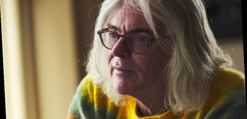 'No wonder everyone is disgusted': David Walsh apologises for flag artwork