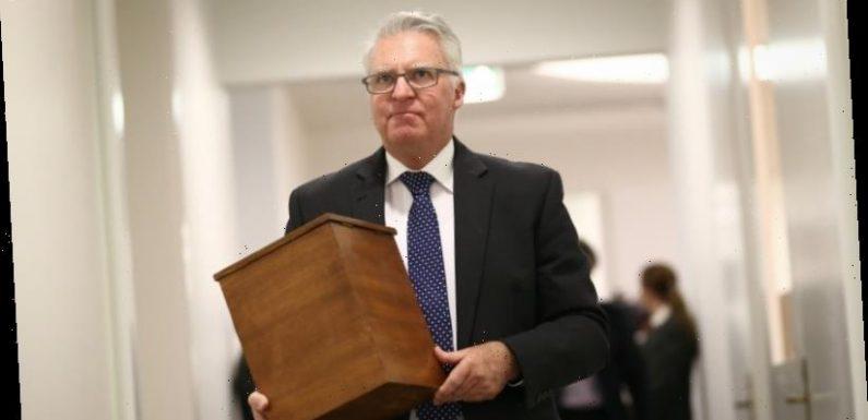 Long-serving Labor MP Chris Hayes to quit politics