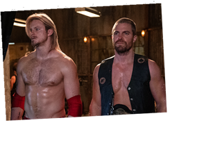 Stephen Amell and Alexander Ludwig Are Ready to Rumble in First Photos From Starz Wrestling Drama Heels