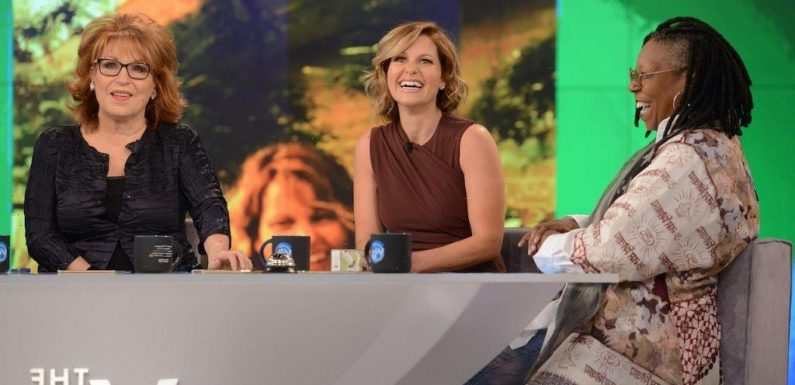'The View' Alum Candace Cameron Bure Recalled a Co-Host's Selfless Act During a Crisis: 'I Sat on the Floor … Sobbing'