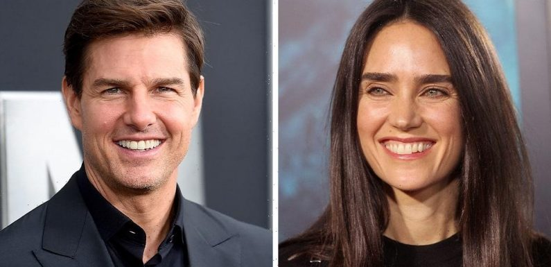 'Top Gun: Maverick' star Jennifer Connelly says Tom Cruise helped her face 'a really crippling fear of flying'