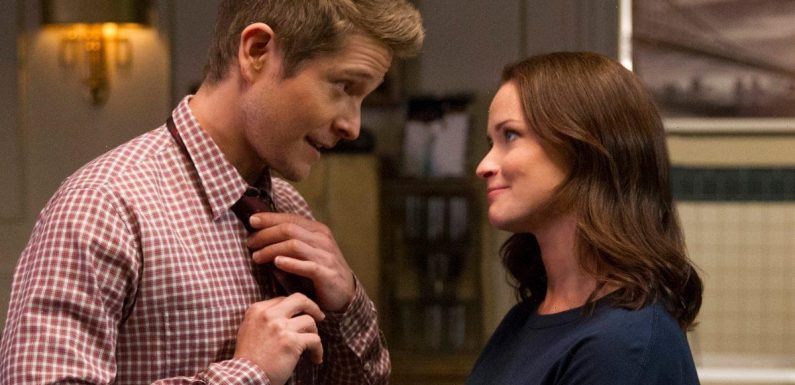'Gilmore Girls': 5 Times Logan Huntzberger Proved Just How Wealthy He Is