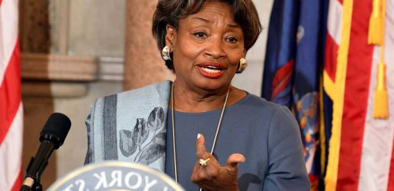 Andrea Stewart-Cousins says she won't run for governor against Cuomo