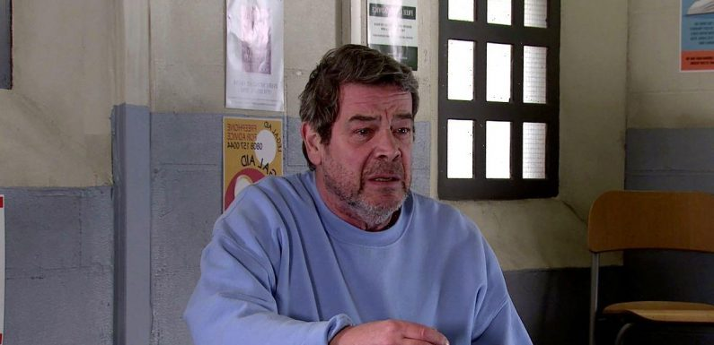 Coronation Street fans distracted by Johnny Connor's hairy prison transformation