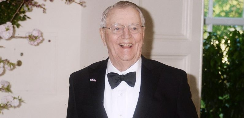 Former Vice President Walter Mondale Dies at Age 93