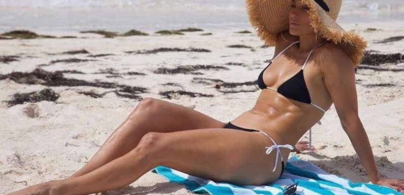 Jennifer Lopez Is the Epitome of Sexy Swimsuit Style — These 25 Pics Prove It