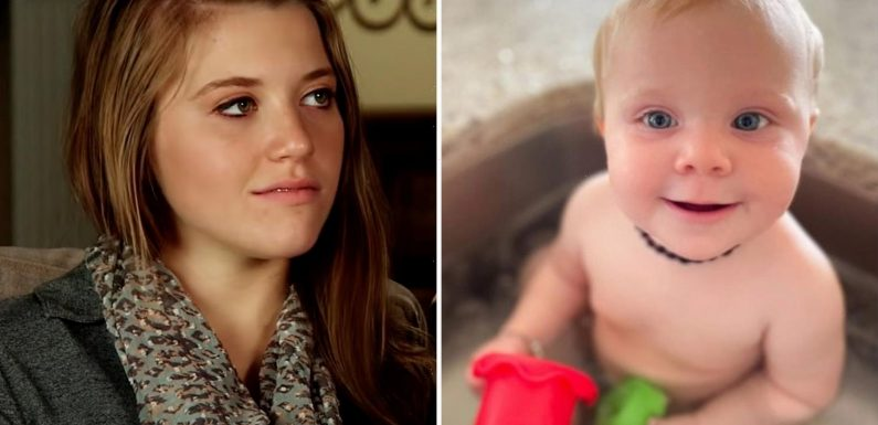 Joy-Anna Duggar slammed as 'clueless' by fans for putting a necklace & bracelet on daughter Evy, 7 months