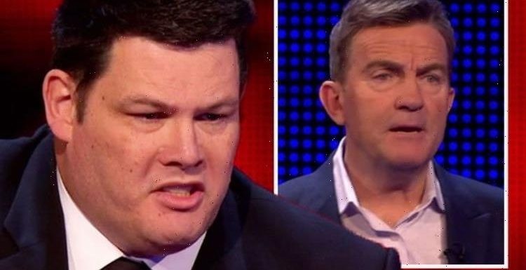 Mark Labbett outraged by player's low offer in 'slowest ever' performance: 'Taken it away'