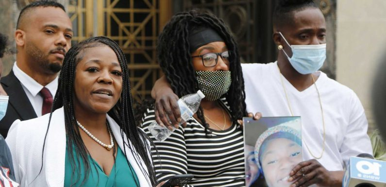 Ma'Khia Bryant's family calls for federal probe into Columbus police shooting, foster system