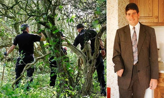 Police search new patch of woodland in hunt for body of Steven Clark