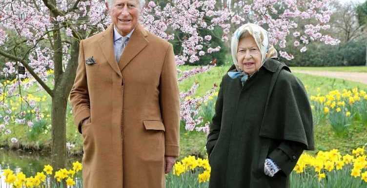 Prince Charles to become 'quasi-king' but Queen will NEVER abdicate, royal expert claims
