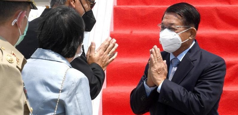 Red carpet for junta leader as ASEAN leaders hold Myanmar crisis meeting