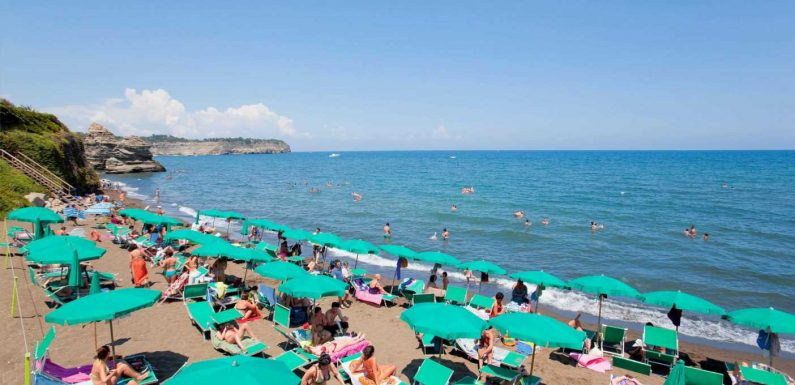 Summer holidays hope as Europe 'set to reach herd immunity by August'