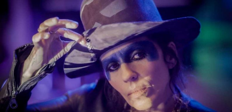 The Rebirth of Linda Perry: Inspired by 'Joker,' She's Composing for Soleil Moon Frye and Sean Penn