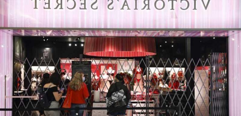 The Time Victoria's Secret Almost Went Bankrupt
