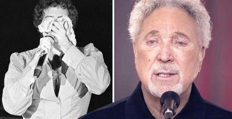 Tom Jones' cheeky response after first woman flung knickers at him: 'You'll catch a cold!'