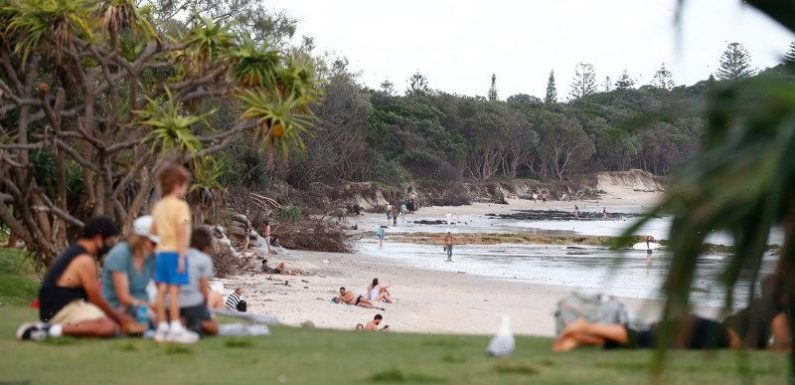 Victoria records two new COVID-19 cases in hotel quarantine as Queensland, NSW hotspots turn green