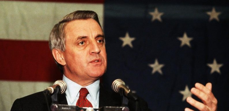 Walter Mondale, Former Vice President, Dead at Age 93