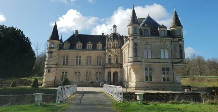 Where is the chateau in Escape to the Chateau?