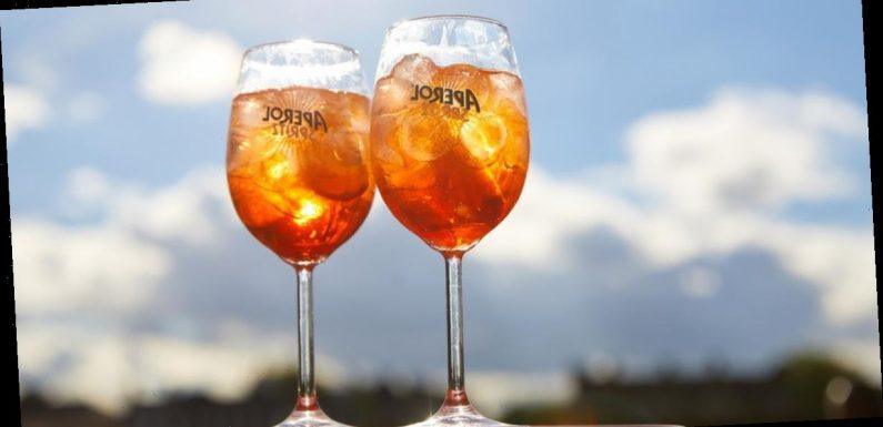 Aperol giving away 100,000 free Aperol Spritz drinks when pubs re-open