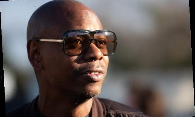 Dave Chappelle Says Celebrities, Not Obama Staffers, Left 'Dirty Notes' for Incoming Trump Team