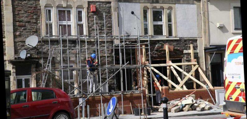 Bristol explosion – Homes evacuated after 'suspicious' blast rocks street