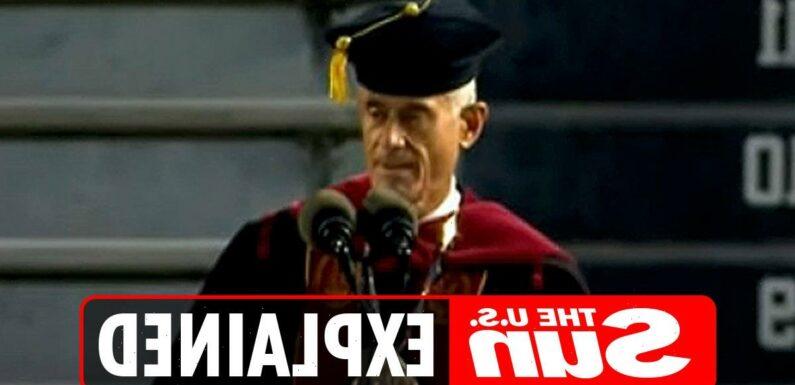 Why did University of South Carolina President Bob Caslen resign?
