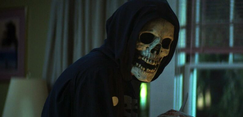 'Fear Street' Trailer: Films Based on RL Stine Books Show a Town Cursed for Centuries (Video)