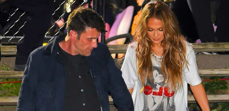 Ben Affleck Adorably Assisted Jennifer Lopez and Her Sky-High Stilettos Down a Flight of Stairs