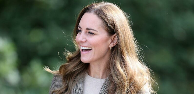 Experts say Kate Middleton may have had invisible hair extensions