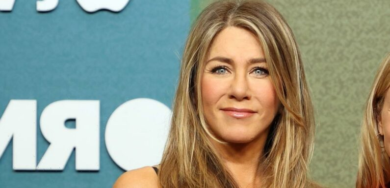 Jennifer Aniston's Facialist Compared This Mascara to Having Lash Extensions