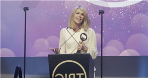 Kate Garraway swept away as she gives touching speech for special award win