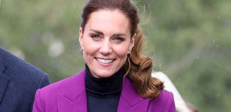 Kate Middleton looks bold and beautiful in purple suit for Northern Ireland visit
